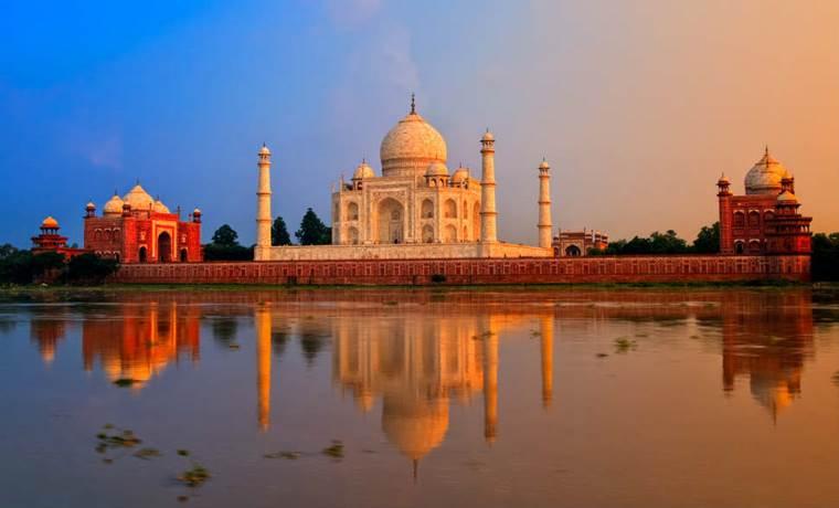 Destinatie Turistica Taj Mahal Agra