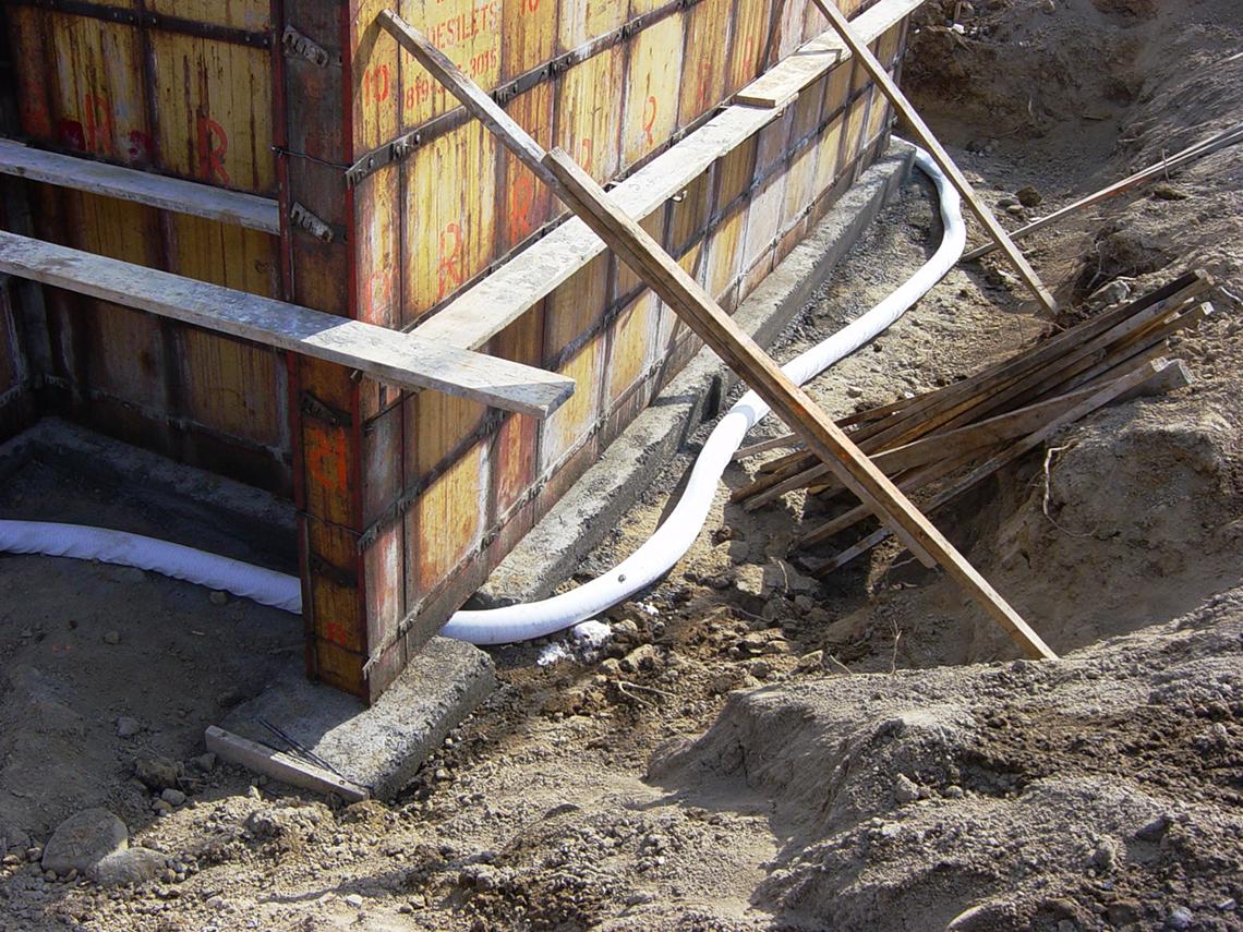 Fundatie sub ziduri la o constructie unifamiliala