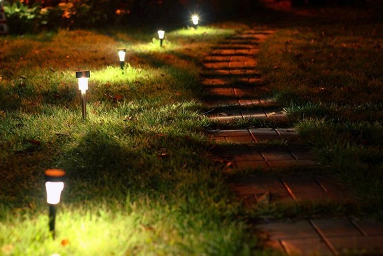 Iluminare gradina rurala