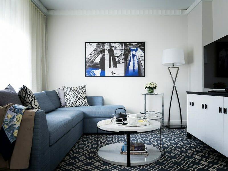 albastru in sufragerie