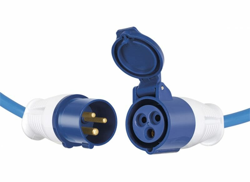 Cablu cu mufă industrială