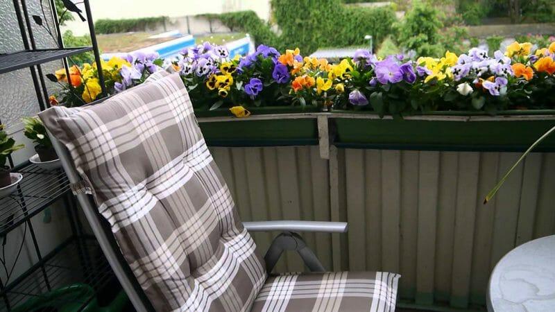 amenajare grădină balcon