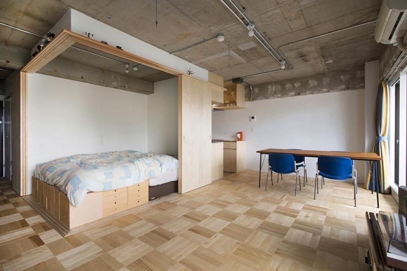 dormitor cu spatii de stocare
